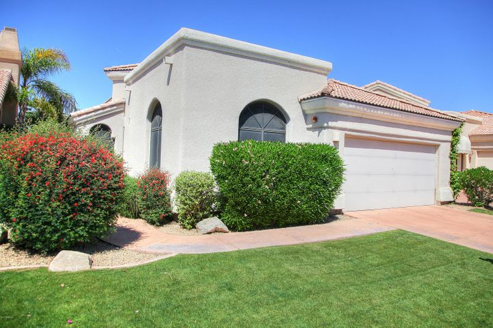 8202 E CORTEZ Drive, Scottsdale, AZ 85260