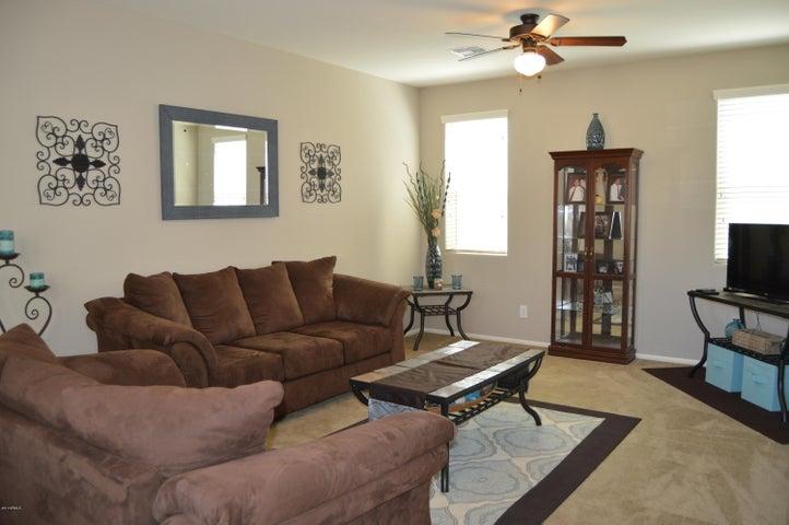 7759 W PALM Lane, Phoenix, AZ 85035