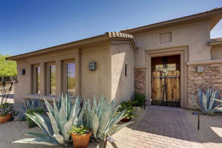 6545 E GREYTHORN Drive, Scottsdale, AZ 85266