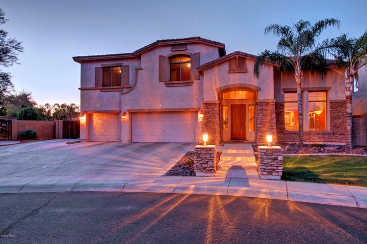 1778 E COCONINO Drive, Chandler, AZ 85249
