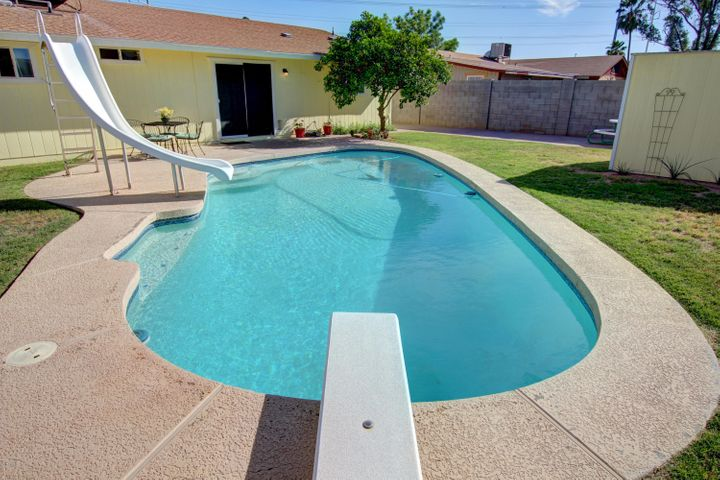 130 E HEATHER Avenue, Gilbert, AZ 85234
