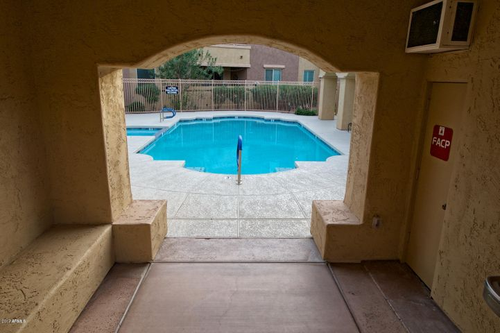 250 W QUEEN CREEK Road, 119, Chandler, AZ 85248