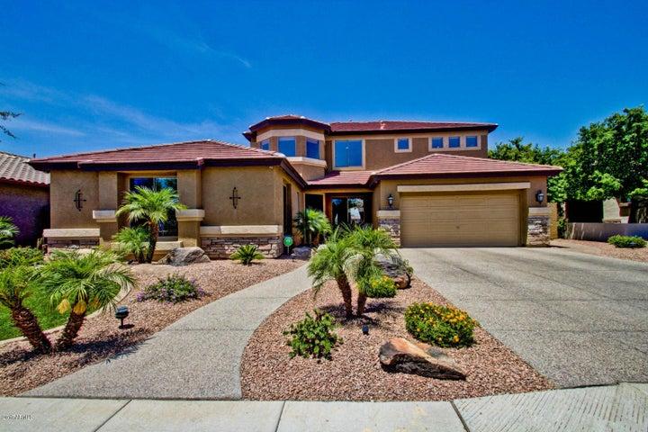 4070 E CLUBVIEW Drive, Gilbert, AZ 85298