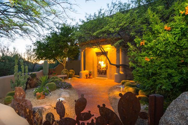 8400 E DIXILETA Drive, 132, Scottsdale, AZ 85266
