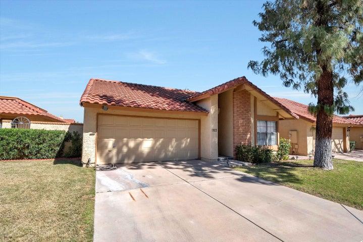 5206 E CORONADO Circle, Phoenix, AZ 85044