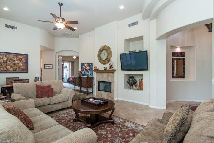 15240 N CLUBGATE Drive, 170, Scottsdale, AZ 85254