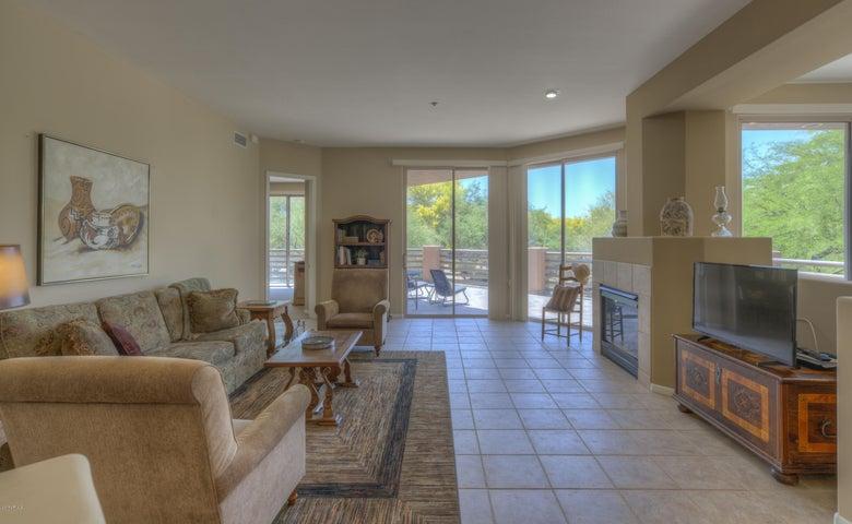 10222 E SOUTHWIND Lane, 1018, Scottsdale, AZ 85262