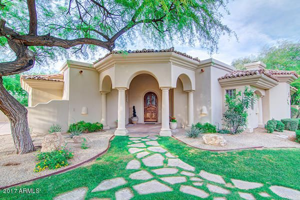 GORGEOUS FLAGSTONE PATHWAY TO PORTICO FRONT ENTRY!