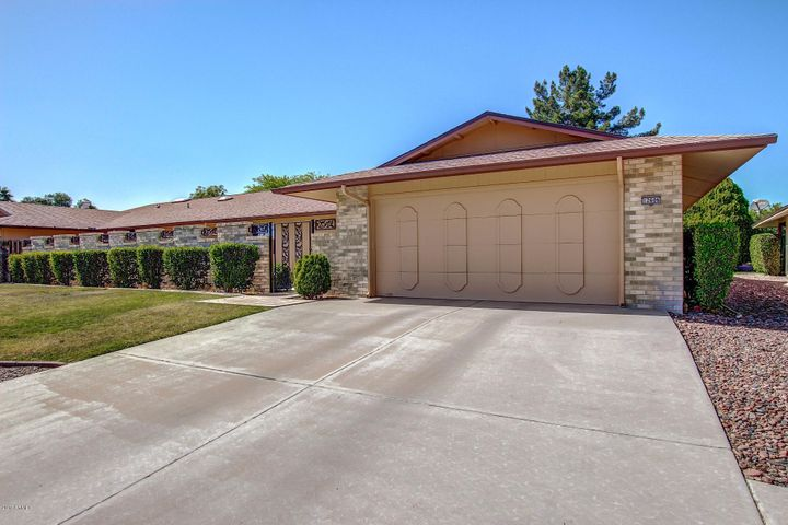 12606 W PARKWOOD Drive, Sun City West, AZ 85375