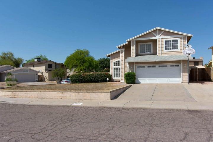 3814 W CIELO GRANDE Drive, Glendale, AZ 85310