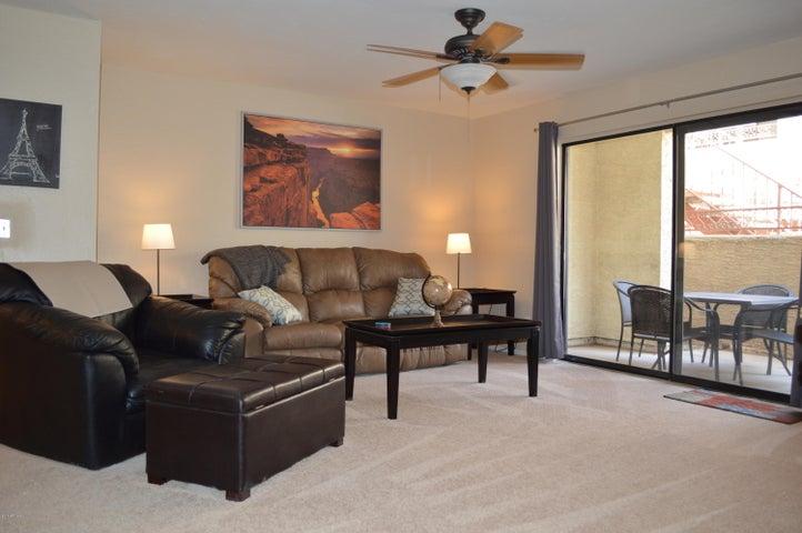 2935 N 68TH Street, 124, Scottsdale, AZ 85251