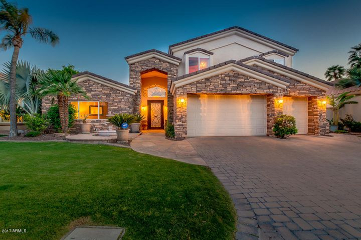 2103 E CLIPPER Lane, Gilbert, AZ 85234