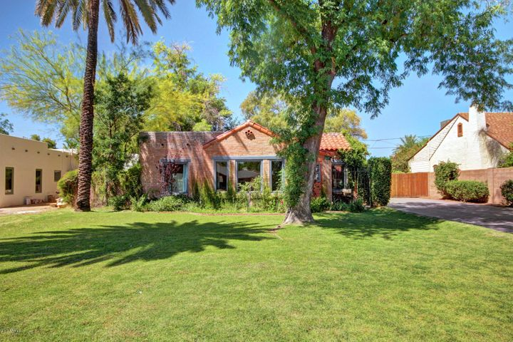520 W OREGON Avenue, Phoenix, AZ 85013