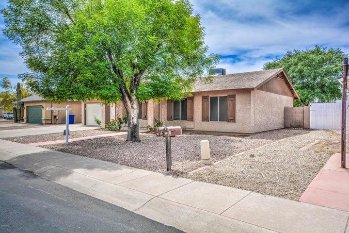 710 N BRANDON Drive, Chandler, AZ 85226