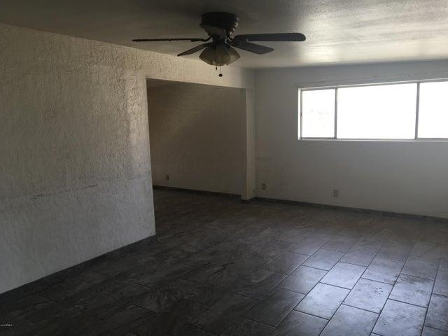 14612 N ENSENADA Court, Phoenix, AZ 85053