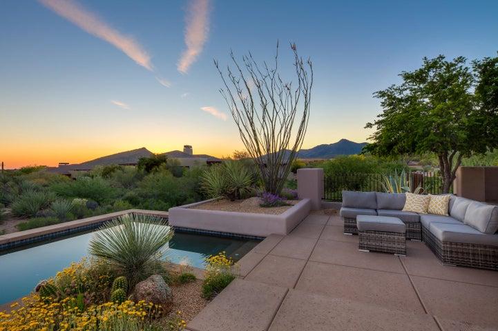 10396 E LOVING TREE Lane, Scottsdale, AZ 85262