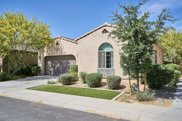 3562 S WASHINGTON Street, Chandler, AZ 85286
