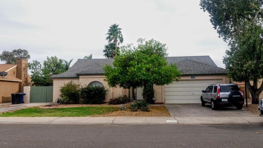 3633 W SARAGOSA Street, Chandler, AZ 85226