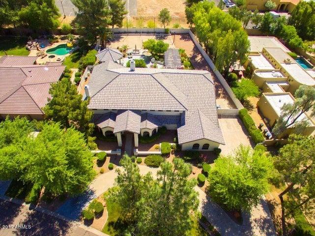 8635 S WILLOW Drive, Tempe, AZ 85284