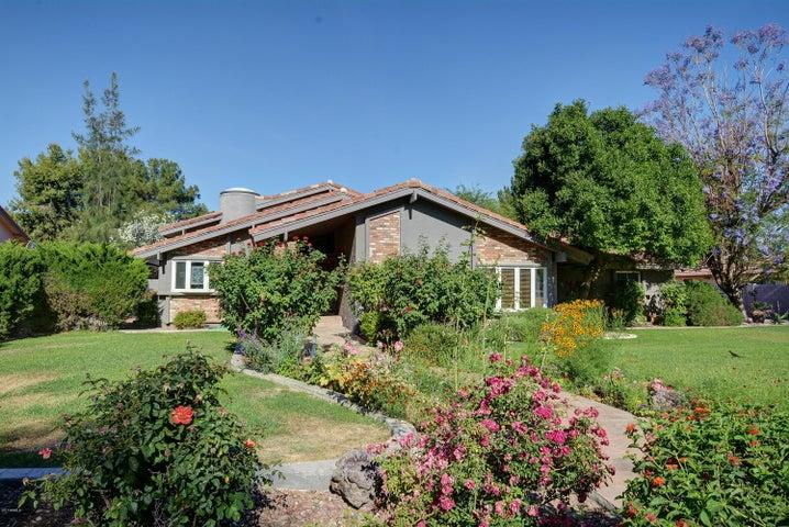 9504 S KENNETH Place, Tempe, AZ 85284