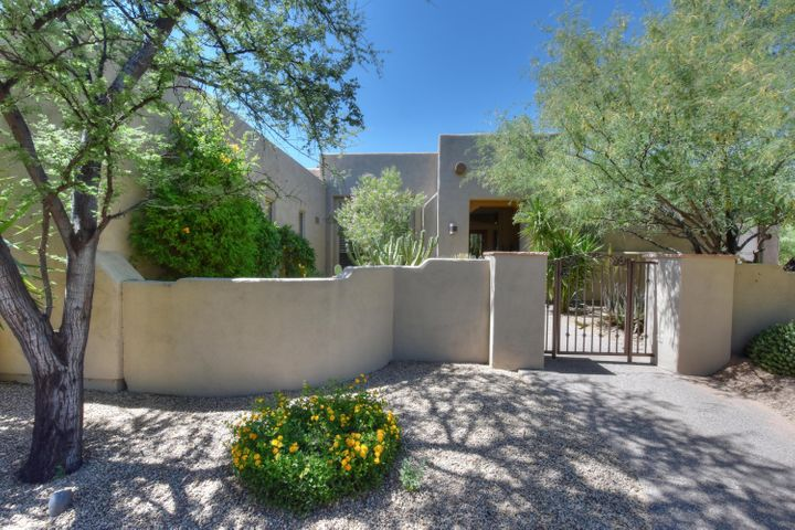 10130 E WINTER SUN Drive, Scottsdale, AZ 85262
