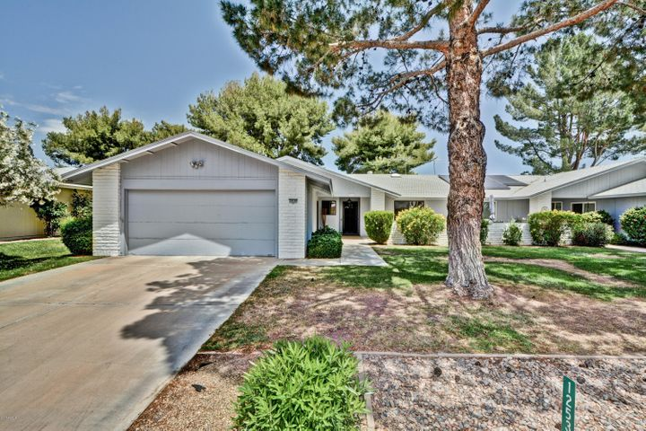 12530 W BRANDYWINE Drive, Sun City West, AZ 85375