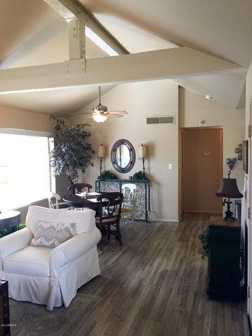 10055 E MOUNTAINVIEW LAKE Drive, 2078, Scottsdale, AZ 85258