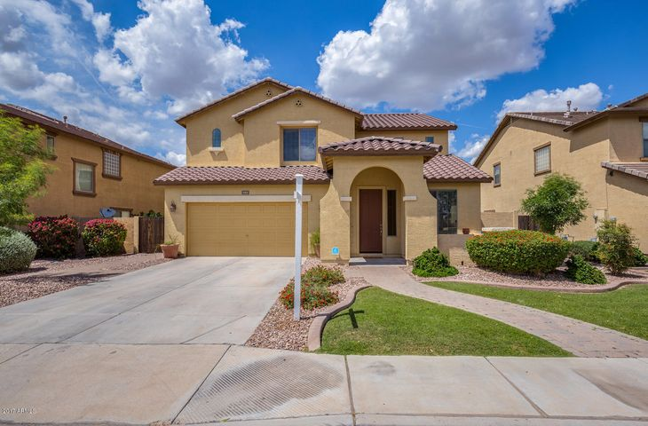 4562 E GLENEAGLE Drive, Chandler, AZ 85249