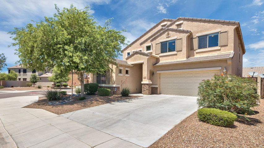 2732 E QUIET HOLLOW Lane, Phoenix, AZ 85024