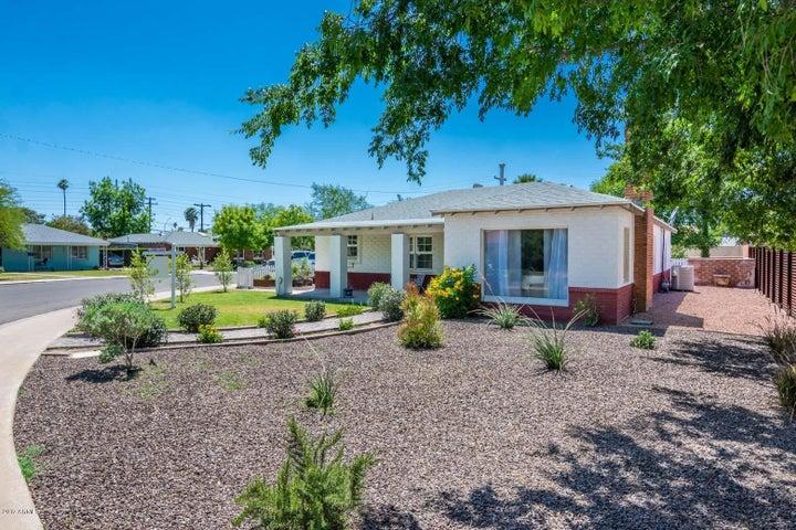 2926 N 17TH Drive, Phoenix, AZ 85015