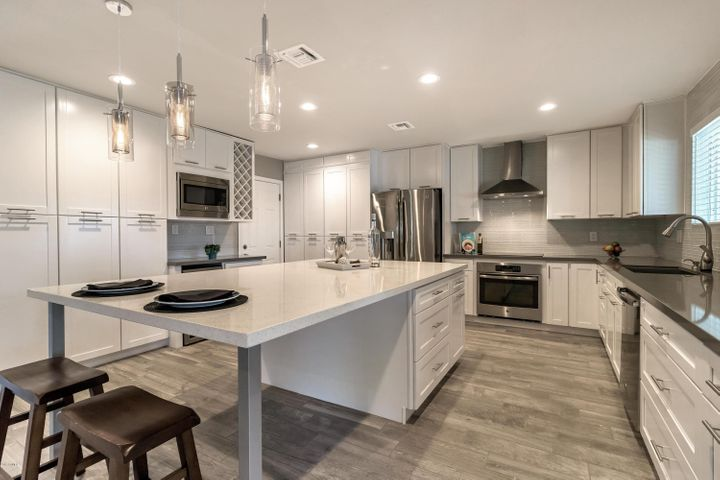 8445 E FAIRMOUNT Avenue, Scottsdale, AZ 85251