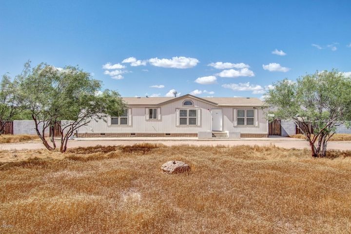 1234 E CAVALRY Road, New River, AZ 85087