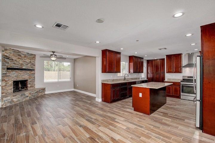 8514 E MONTECITO Avenue, Scottsdale, AZ 85251