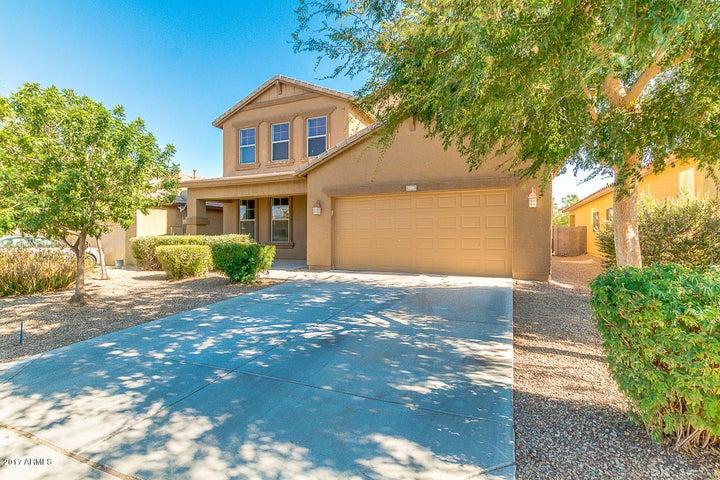 1241 W DESERT HOLLOW Drive, San Tan Valley, AZ 85143