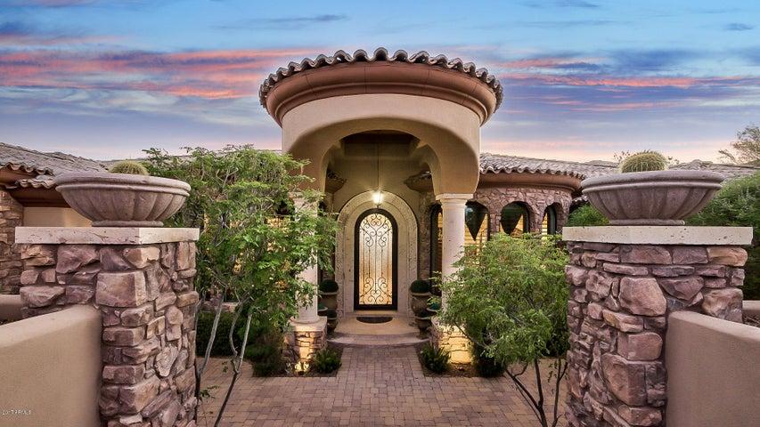 9932 N PALISADES Boulevard, Fountain Hills, AZ 85268