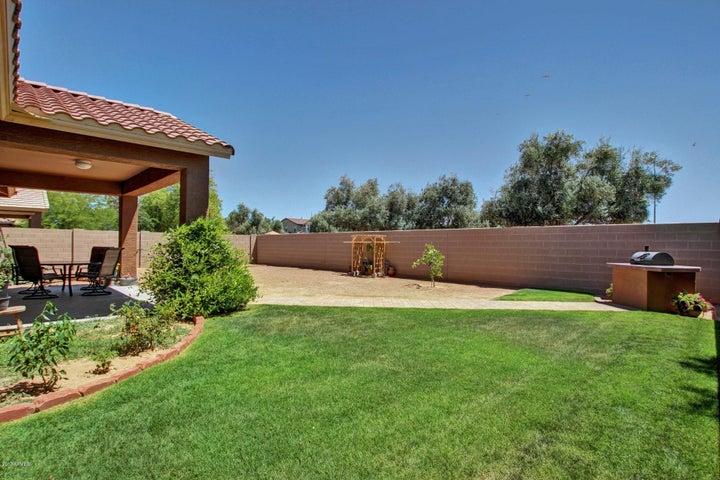 6915 N 87TH Drive, Glendale, AZ 85305