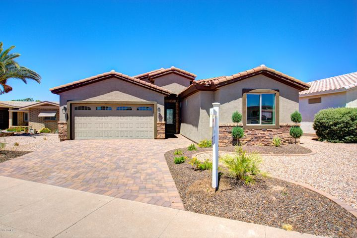 2246 N Gayridge Rd in Apache Wells Golf Community, Mesa AZ , 85207. Greater Phoenix area.