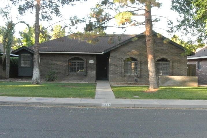 823 E CULLUMBER Street, Gilbert, AZ 85234