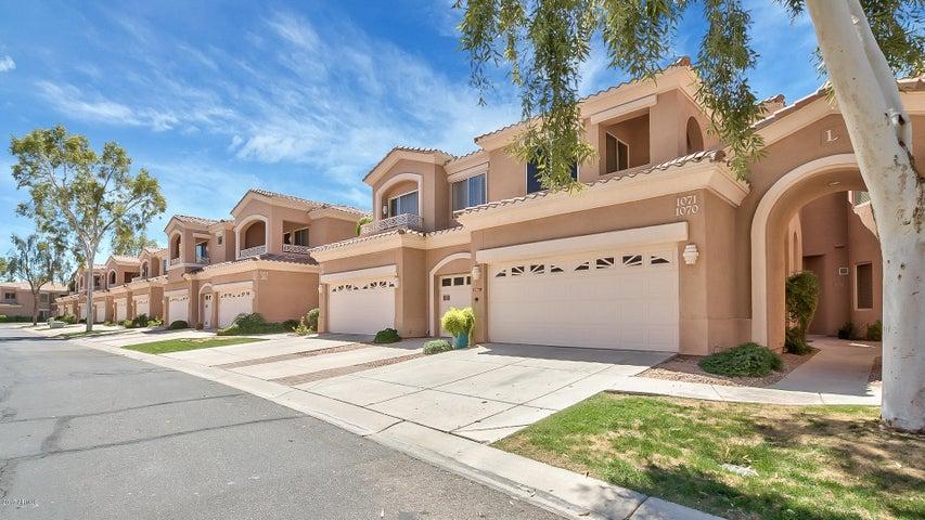 3800 S CANTABRIA Circle, 1071, Chandler, AZ 85248
