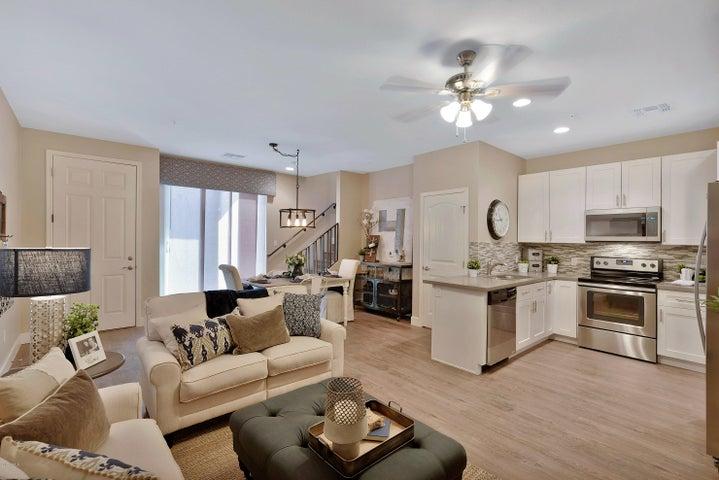 1406 W MAIN Street, 111, Mesa, AZ 85201