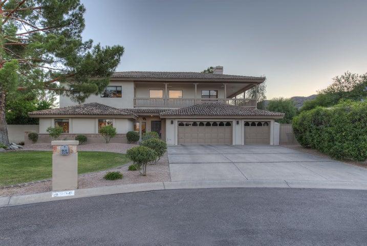 3539 E DAKOTA Court, Phoenix, AZ 85044