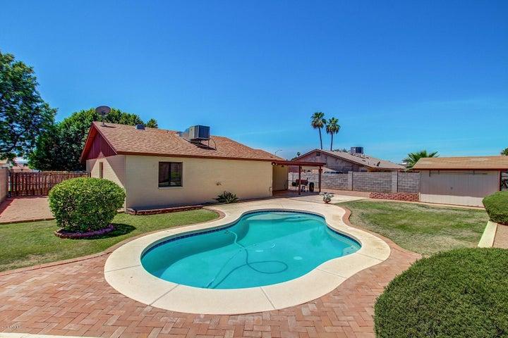 2928 W Campo Bello Drive, Phoenix, AZ 85053