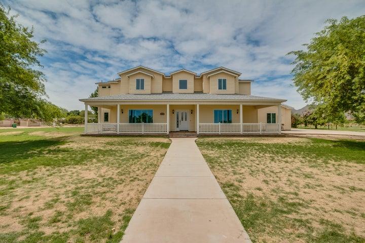 26138 S GRAPEFRUIT Drive, Queen Creek, AZ 85142