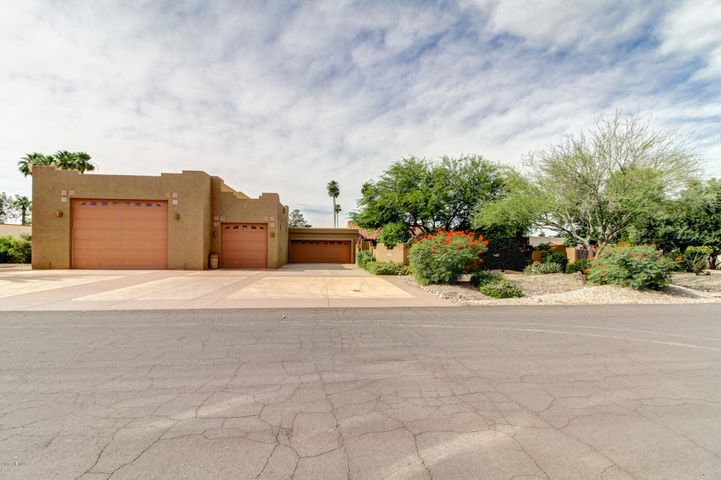 7133 W BLUEFIELD Avenue, Glendale, AZ 85308