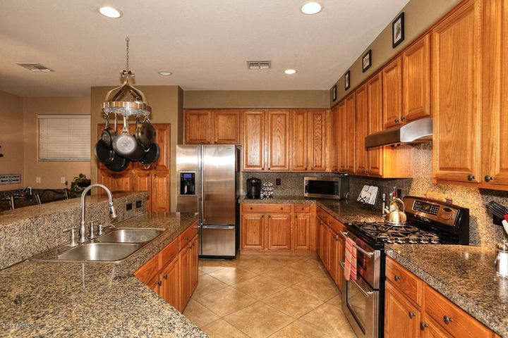 Chef's Kitchen- Gas Stove Top, Electric Double Ovens.