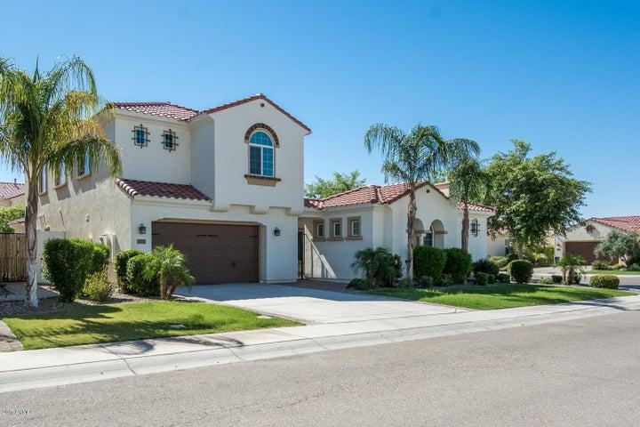 3325 S WATERFRONT Drive, Chandler, AZ 85248