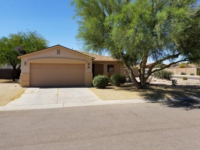 1109 E Silversmith Trail, San Tan Valley, AZ 85143