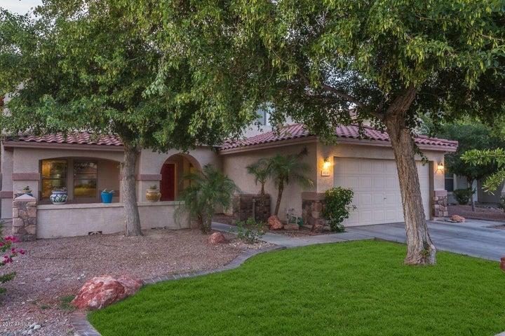 414 E BETH Drive, Phoenix, AZ 85042