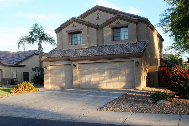 3235 E BLUEBIRD Drive, Gilbert, AZ 85297