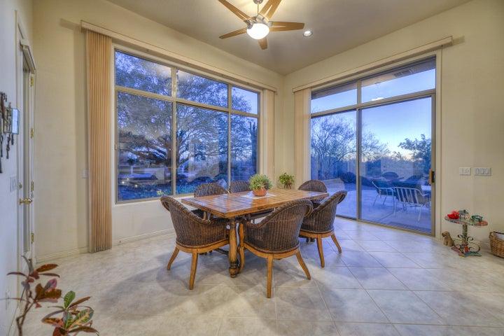 9545 E SUTHERLAND Way, Scottsdale, AZ 85262